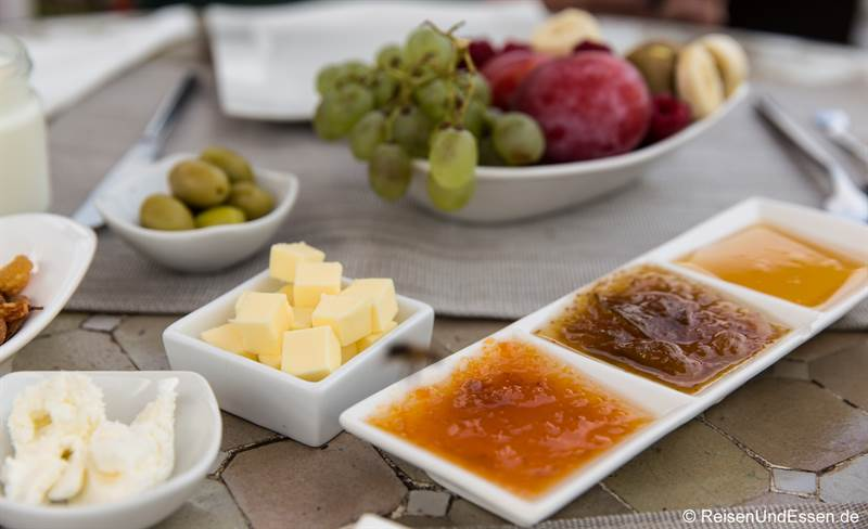 Frühstück im Riad Dar Soufa in Rabat