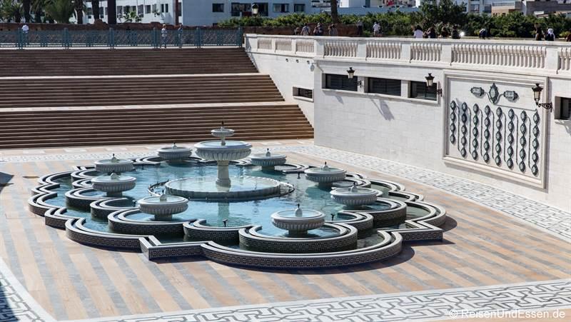Brunnen beim Hassan-Turm in Rabat