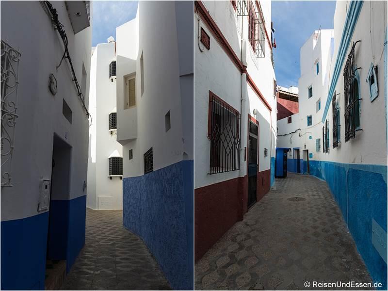 Gassen in blau und weiß in Asilah