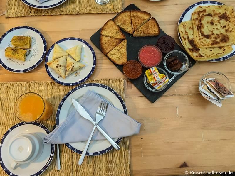 Frühstück im Hotel Al Alba