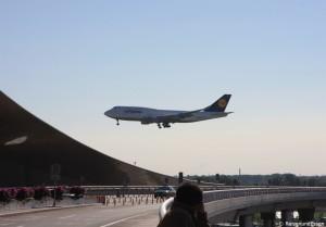 LH720 beim Landeanflug in Beijing