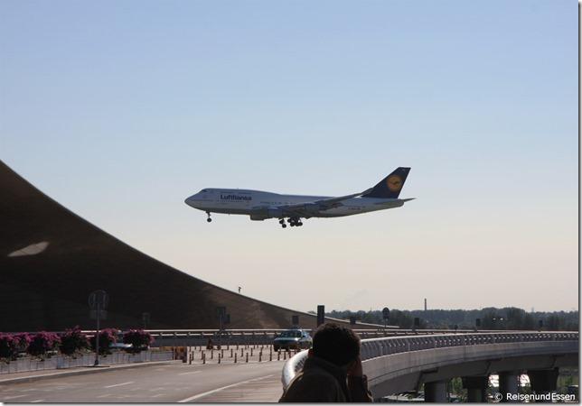LH720 beim Landeanflug Beijing
