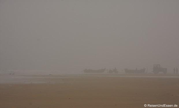 Rushan - Fischer am Strand