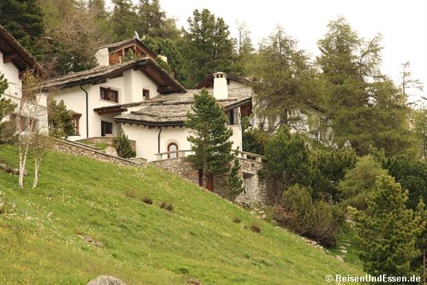 Häuser am St. Moritzersee