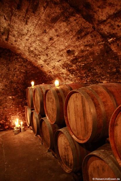Gewölbekeller im Weingut Fries
