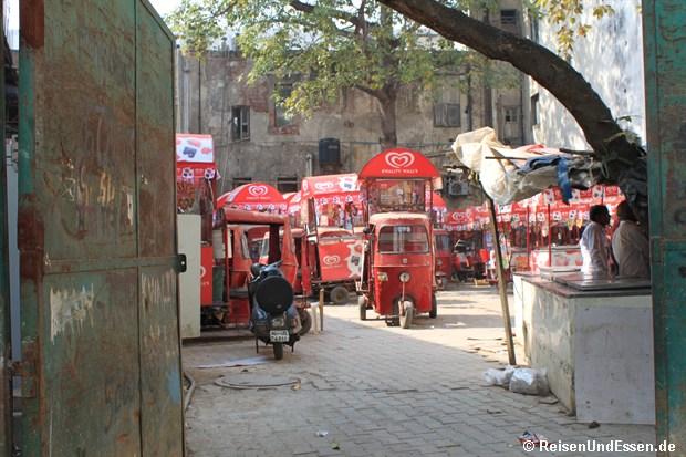 Eis Tuk Tuk Fuhrpark in Delhi
