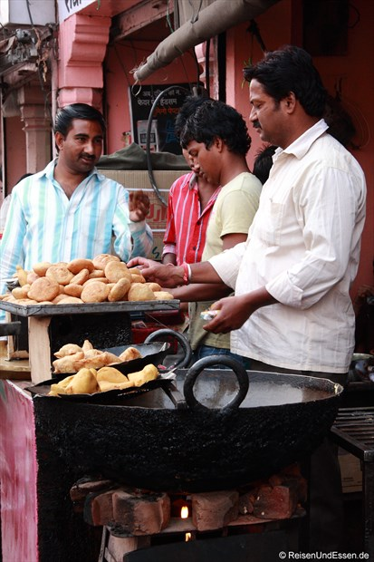 Fritiertes in Jaipur