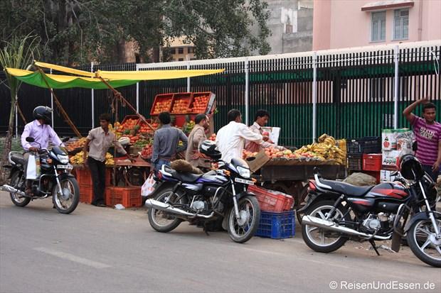Obst- und Gemüsestände in Jaipur