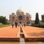 Humayun-Mausoleum, Lotus Tempel und Indisches Essen in Delhi