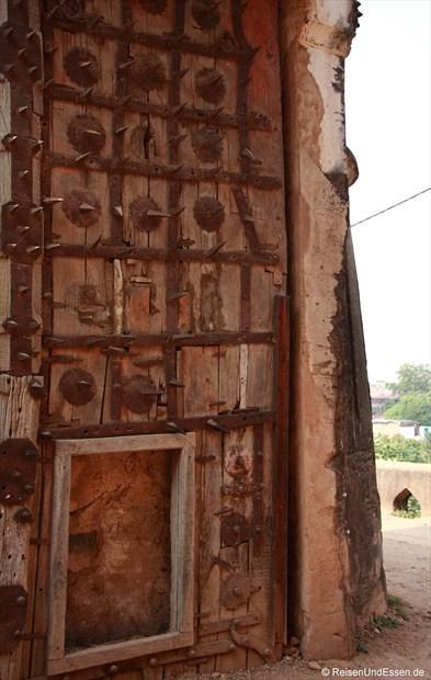 Tor zum Fort in Orchha