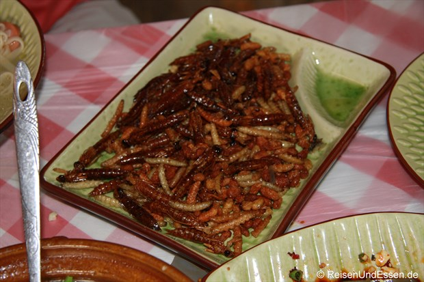 Bienenmaden in Yunnan (China)