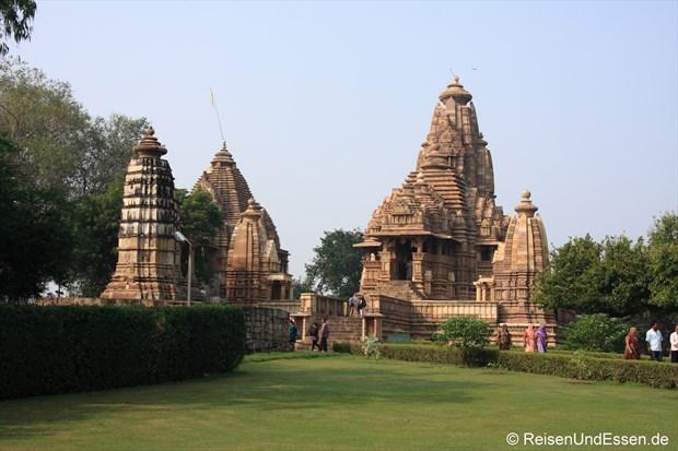 Lakshmana Tempel in der westlichen Tempelgruppe von Khajuraho