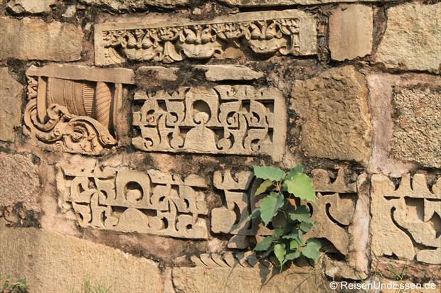 Es spriesst in der Tempelanlage von Khajuraho