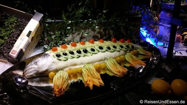 Fisch mit Zucchiniblüten