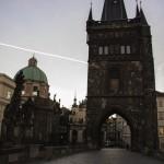 Wie man die Karlsbrücke in Prag für sich alleine hat