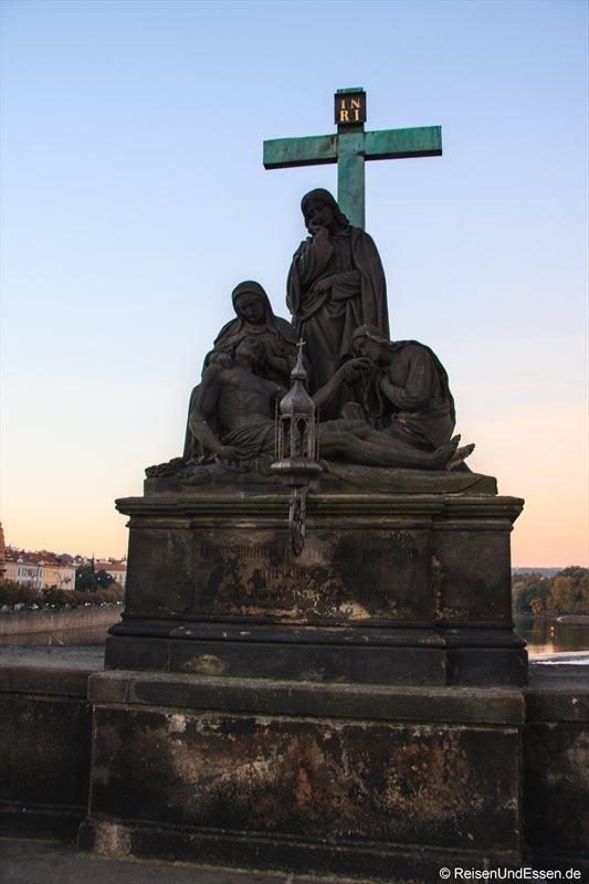 Pietà aus 1859 auf der Karlsbrücke