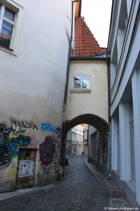 Gasse in der Prager Altstadt