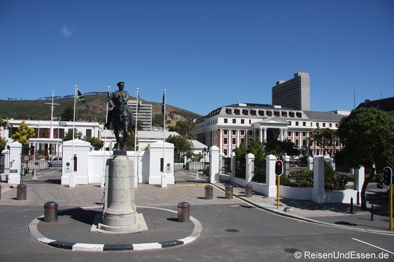 Eingang zum Parlament in Kapstadt