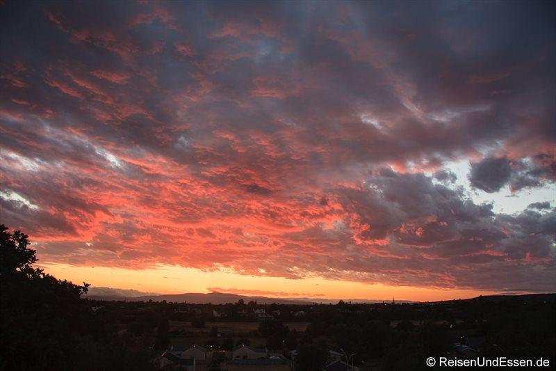 Abendlicher Himmel in Oudtshoorn