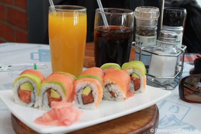 Sushi bei Ocean Basket in der V&A Waterfront in Kapstadt