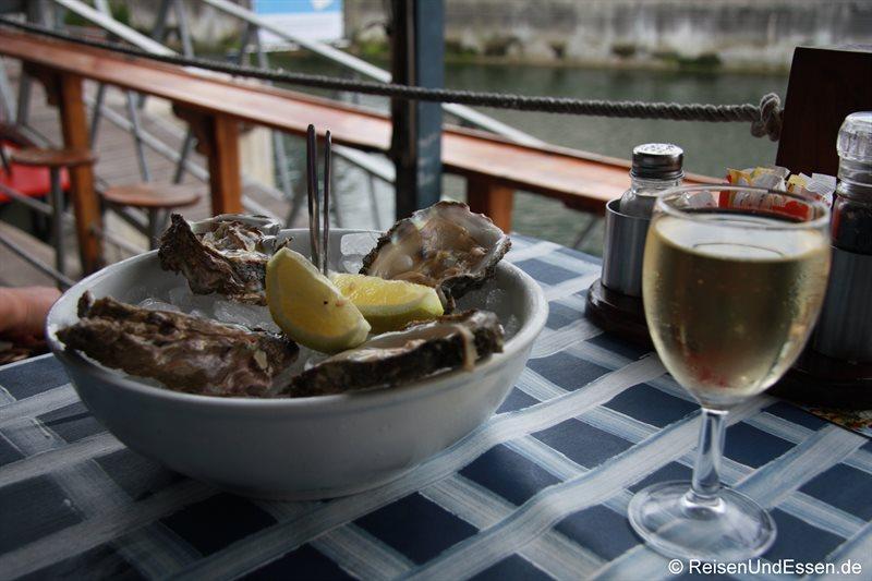 Frische Austern an der Waterfront von Knysna