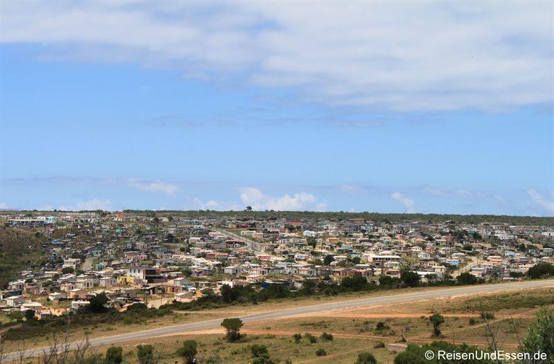 Township an der N2 westlich von Mossel Bay