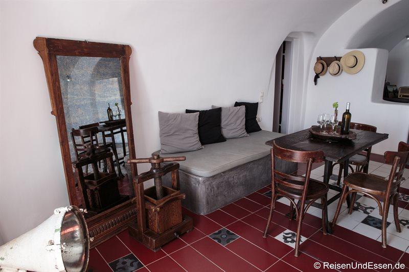 Wohnraum in der oberen Etage in der White Pearl Villa