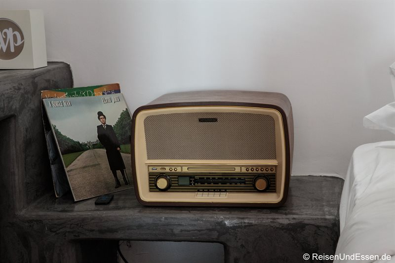 Nostalgieradio in der White Pearl Villa