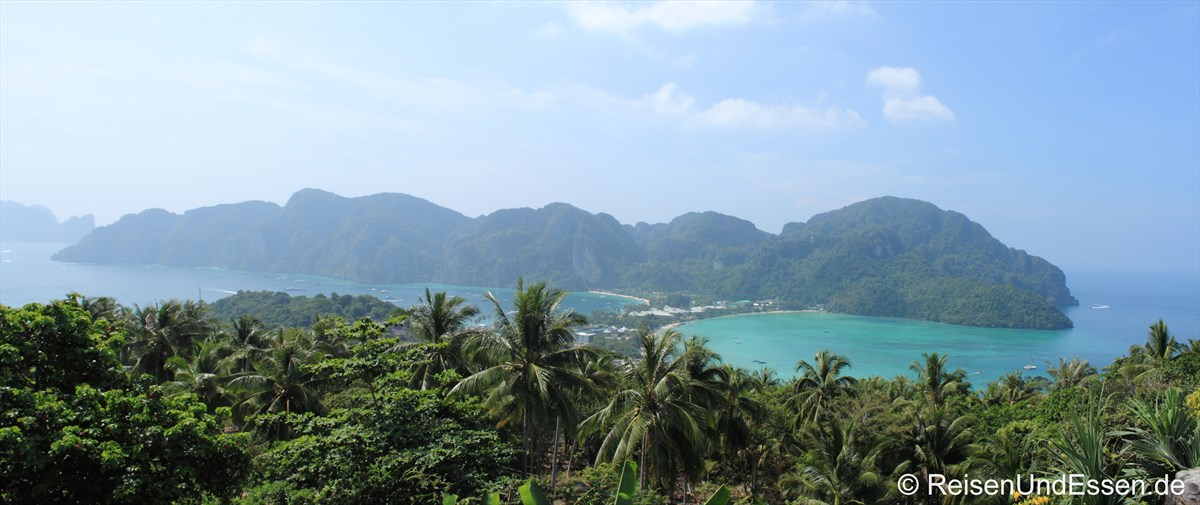 Blick vom Viewpoint auf Koh Phi Phi