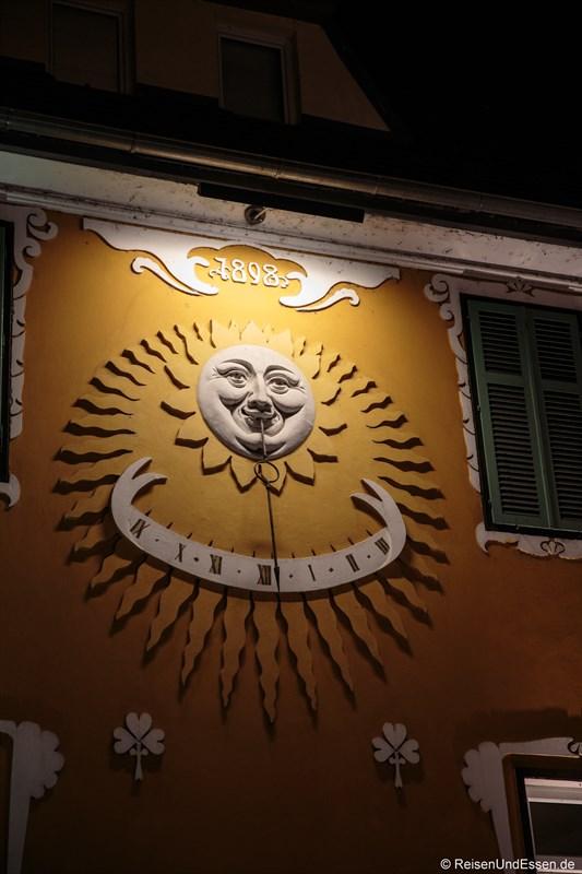 Sonnenuhr in Velden