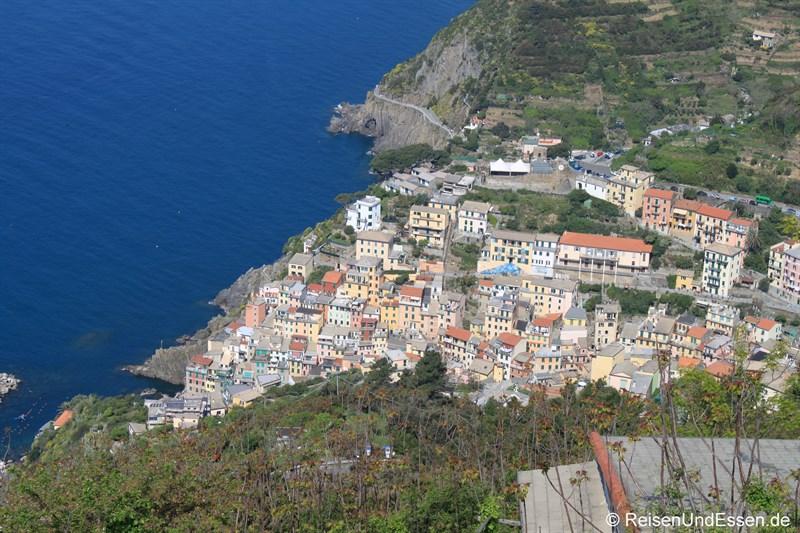 Blick von oben auf Riomaggiore