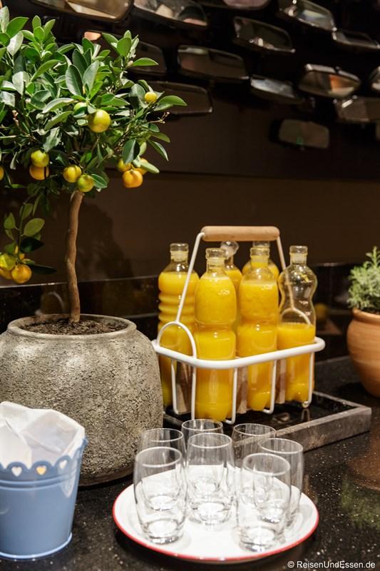 Frischer Orangensaft im OMB Larder