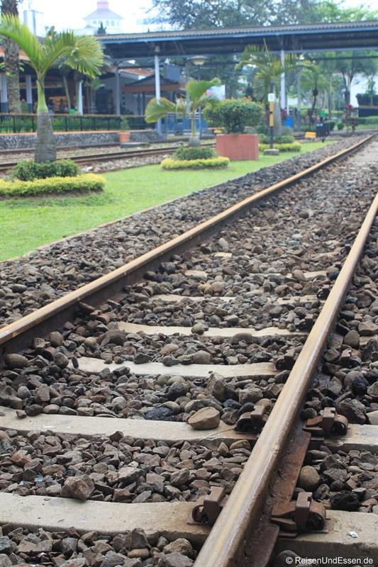 Gleis im Bahnhof Bandung
