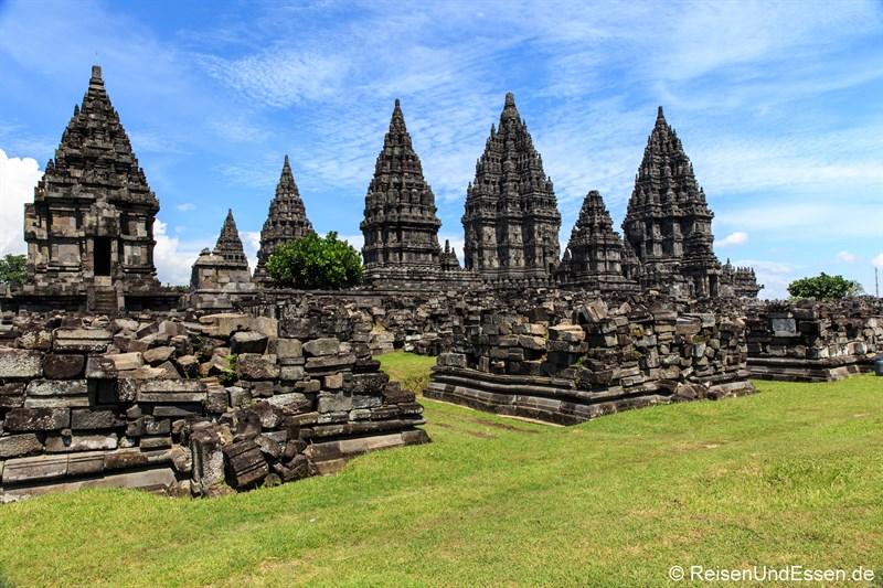 Blick auf Prambanan