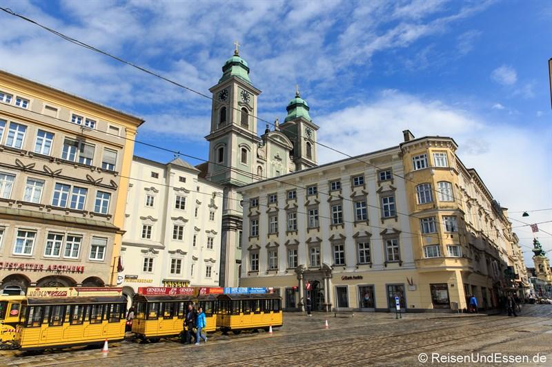 Hauptplatz Linz und alter Dom