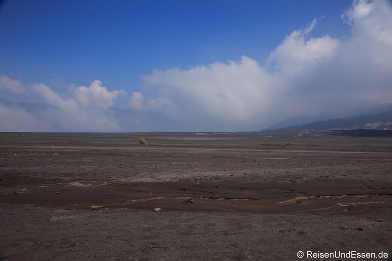 Mondlandschaft in der Sea of Sand am Vulkan Bromo