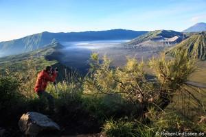 Den Sonnenaufgang am Vulkan Bromo erleben