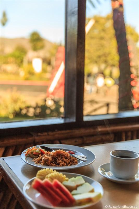 Frühstück im Hotel Bromo Permai