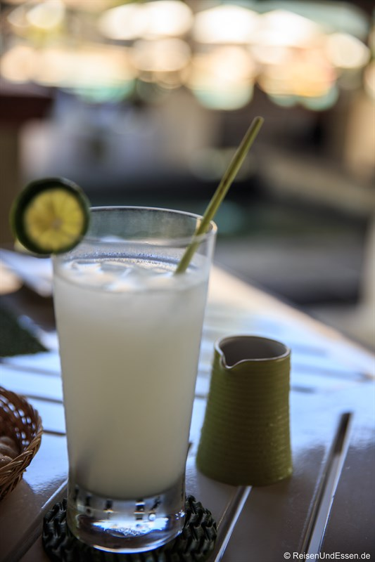 Frischer Zitronensaft
