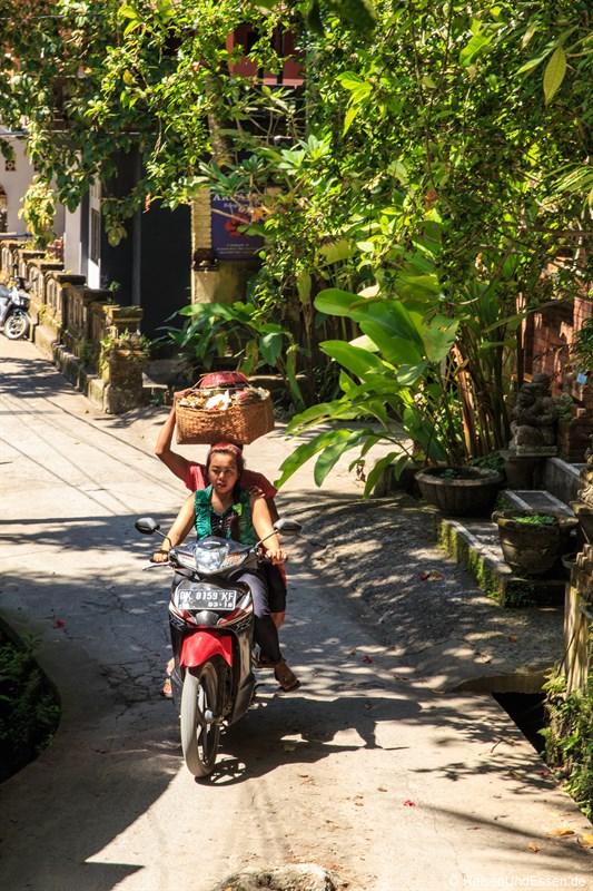 Motorradtransport in Ubud