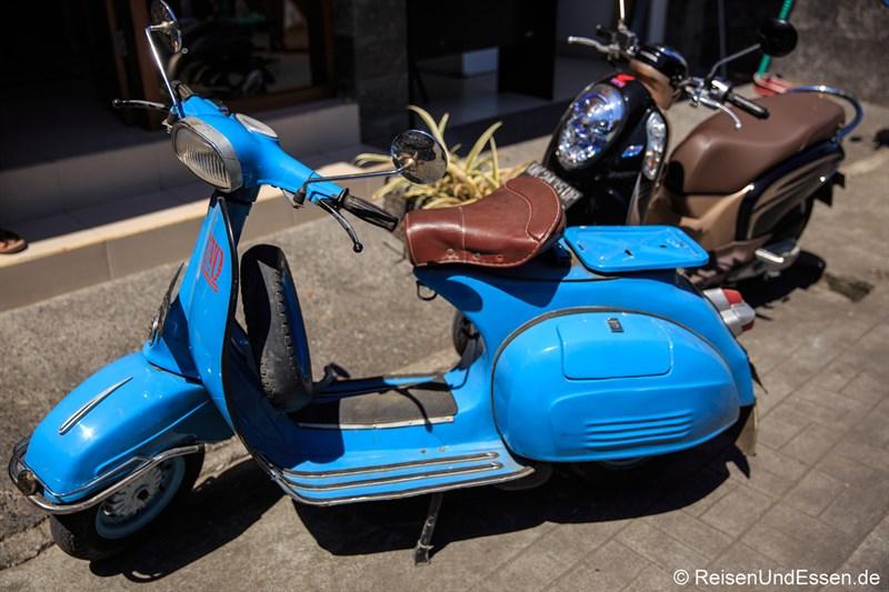 Motorroller in Ubud