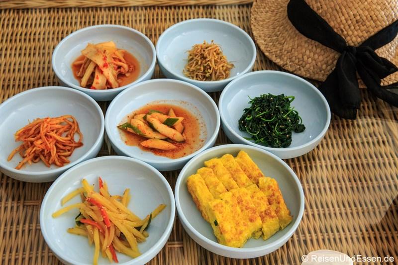 Kimchi im Koreanischen Restaurant Ye Jeon