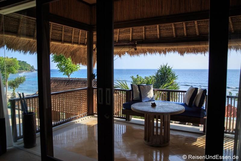 Balkon in der Suite mit Aussicht auf Sonnenuntergang in Lombok