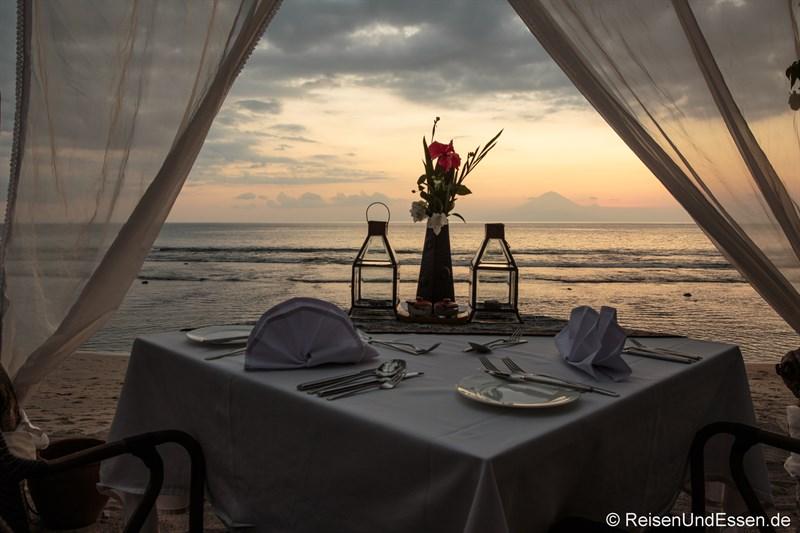 Diner im Sudamala Suites & Villas in Sengiggi