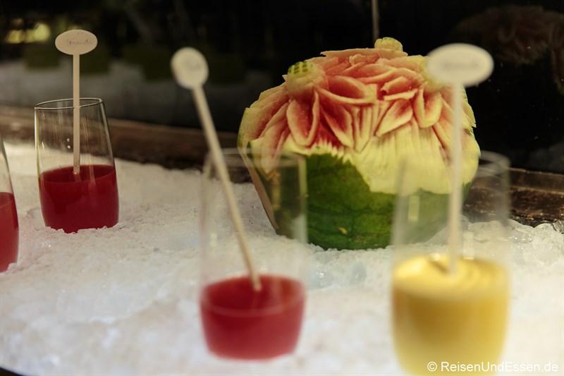 Frische Fruchtsäfte zum Frühstück im Signature Restaurant Kempinski