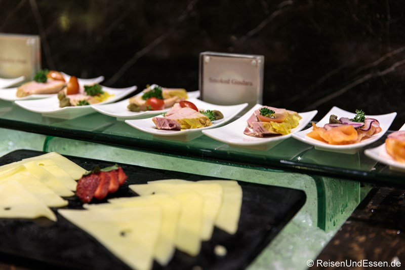 Lachs und Käse im Signature Restaurant