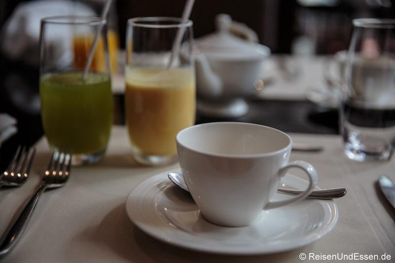 Frühstück im Signature Restaurant im Hotel Indonesia Kempinski