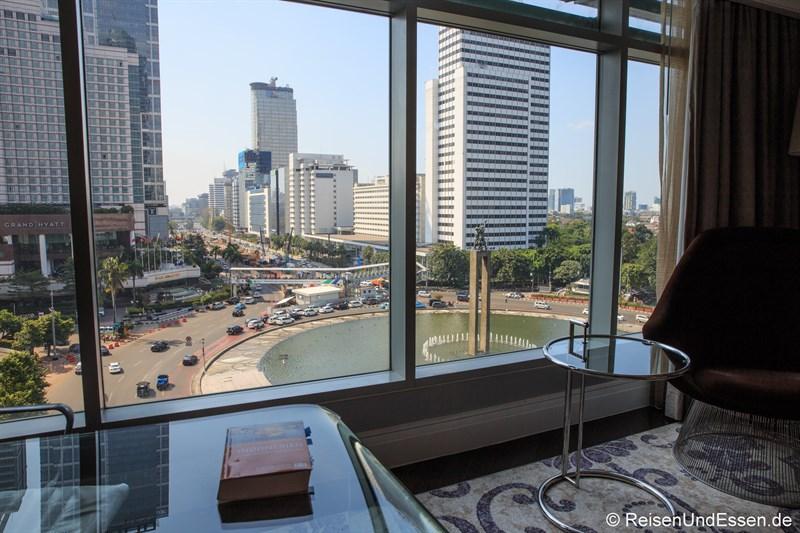 Aussicht im Executive Grand Deluxe Zimmer im Hotel Indonesia Kempinski Jakarta