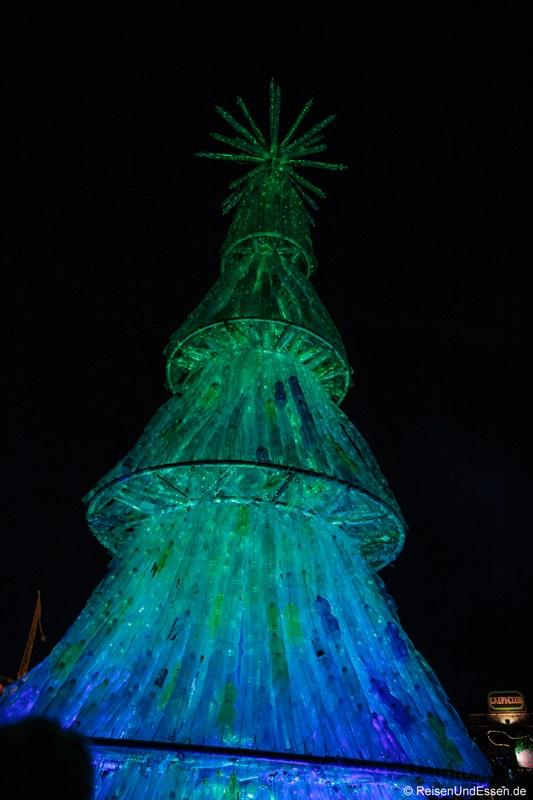 Tollwood Winterfestival München Weihnachtsbaum