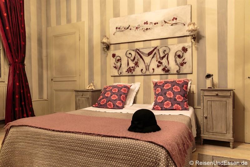 Essen und Schlafen in Ornans - Gästezimmer im Le Jardin de Gustave in Ornans